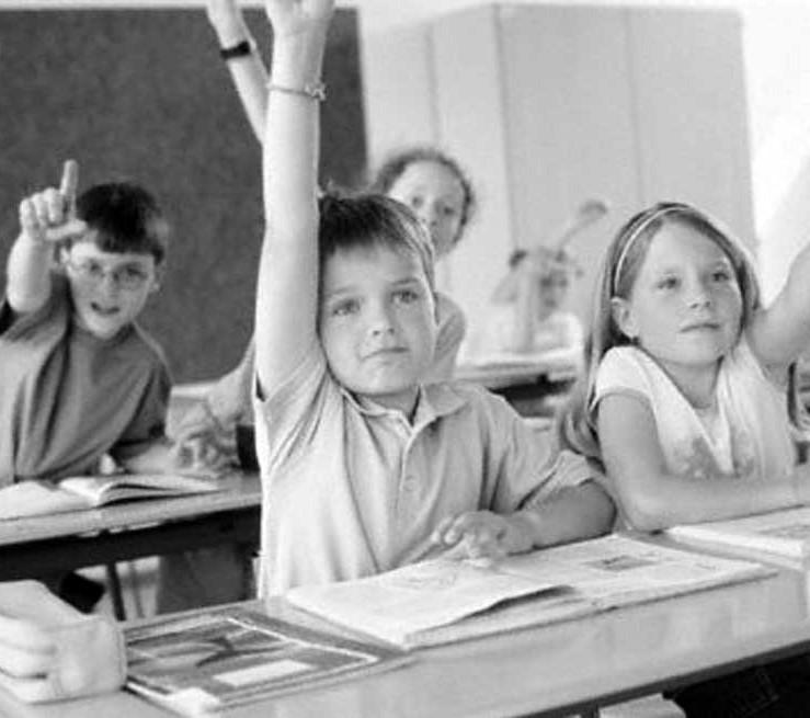 bimbi a scuola
